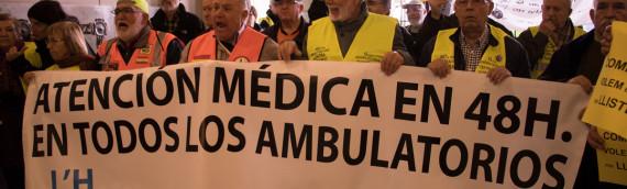 Volem 97 milions per llistes d'espera. Marea Blanca i PAICAM ocupen Vicepresidència Generalitat el 28/2/17 .